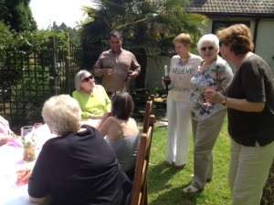 Annie chats to Maggi Fox and Rebecca Leith (sitting), Carl Pengelly, Bev, Julie Roberts and Catherine Jones (standing)