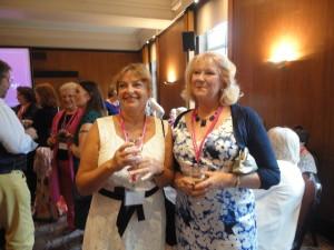 Terri Fleming, Charlotte Betts. Behind them, Maggi Fox and Jean Fullerton talk to Kelvin Woolmer